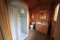 42_cabin_3_bathroom_12_01_2016_9_07_32.jpg